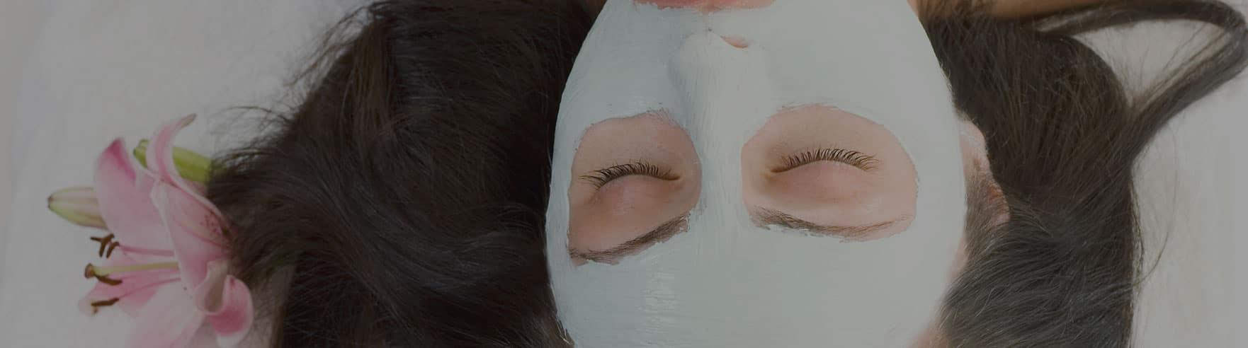 behandling af ansigtsmaske